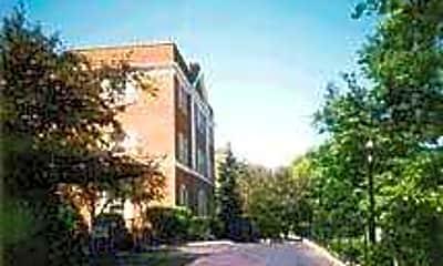 Royal Court Apartments, 2