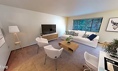 Living Room, 7101 Roosevelt Way NE #206, 1