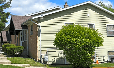 Building, 2036 Mapleview St SE, 2