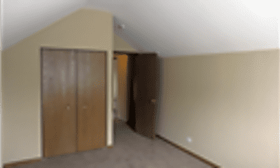 Living Room, 595 Hobart Drive, 2