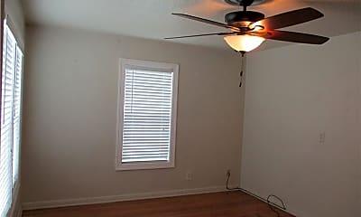 Bedroom, 3530 S Alameda St, 1