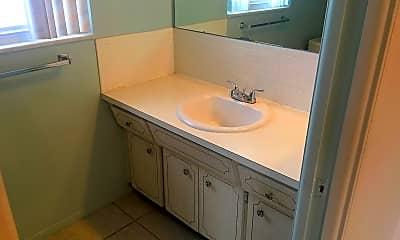 Bathroom, 2329 Tudor Ln, 2