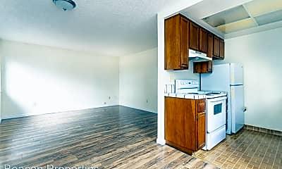 Kitchen, 3285 Delaware St, 1
