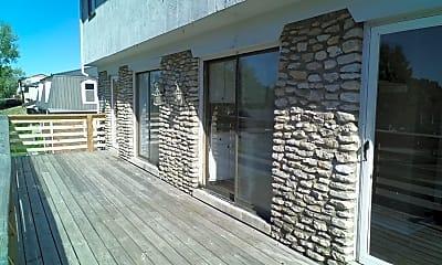 Patio / Deck, 409 Ridgewood Ln 3, 1