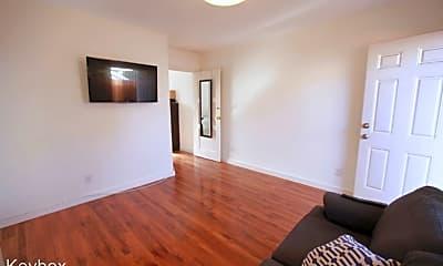 Living Room, 640 S Mott St, 0