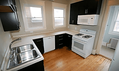 Kitchen, 873 Laurel Ave, 1