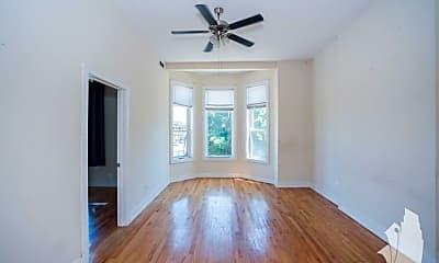Living Room, 3358 N Sheffield Ave, 0