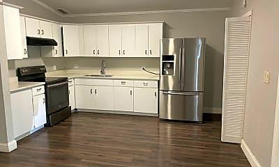 Kitchen, 4406 W Paris St, 1