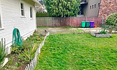 Patio / Deck, 2416 SE Monroe St, 2