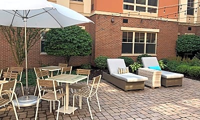 Courtyard, Twin River Commons, 2
