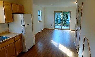Kitchen, 3343 Northwest Ave, 1