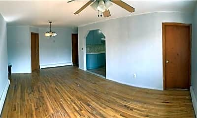 Dining Room, 1379 E 99th St 1, 2