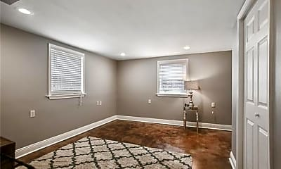 Bedroom, 4200 Jena St, 2