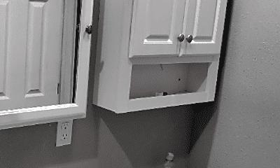 Bathroom, 1495 Wall Ave, 1