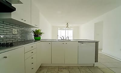 Kitchen, 2920 Point E Dr N408, 1