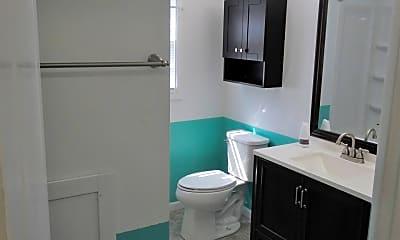 Bathroom, 10 Windsor Rd, 2