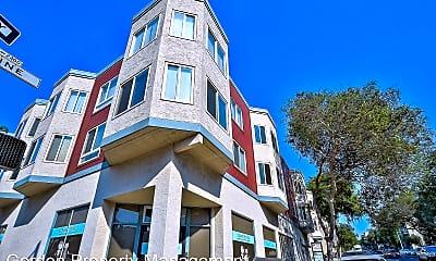 Building, 2396 Pine St, 2
