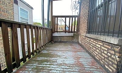 Patio / Deck, 1532 W Montrose Ave #2E, 2