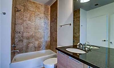 Bathroom, 1700 John F Kennedy Causeway, 1
