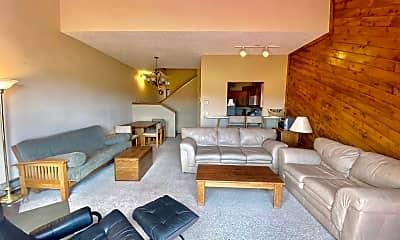 Living Room, 5584 Co Rd 600, 1