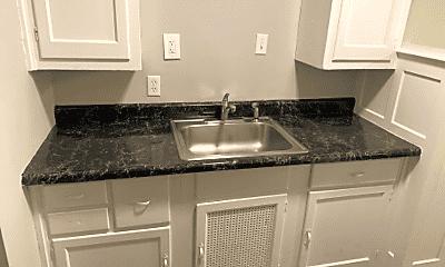 Kitchen, 801 S 4th St, 2