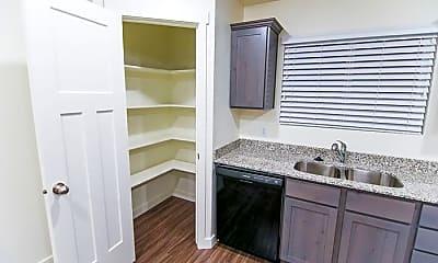 Bathroom, 223 16th Ave N, 1
