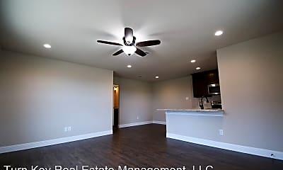 Living Room, 158 Crossbow Ct, 1