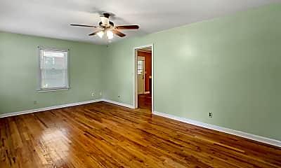 Living Room, 319 31st Pl E, 1