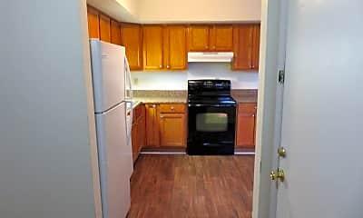 Kitchen, 410 Myrtlewood Cir, 2