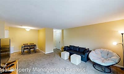 Living Room, 3 27th St, 1