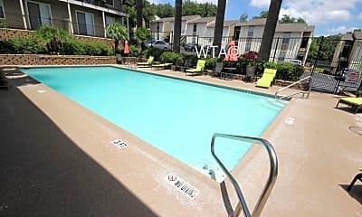 Pool, 7458 Louis Pasteur, 0