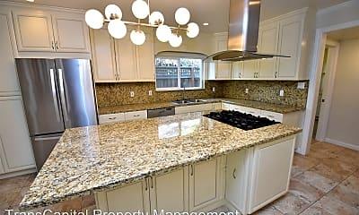 Kitchen, 585 33rd St, 1