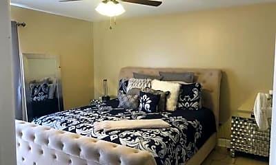 Bedroom, 4020 Rye St, 2