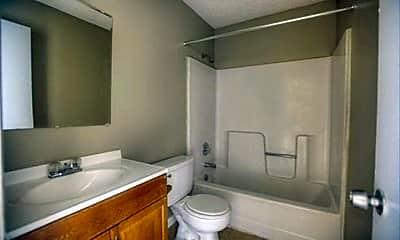 Bathroom, 1500 E Humphrey St, 2