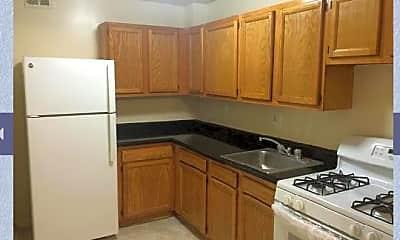 Kitchen, 506 Easley St, 1