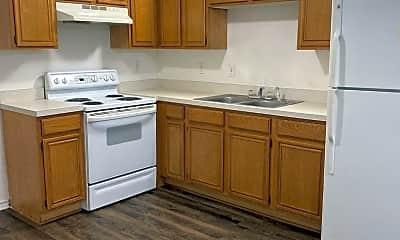 Kitchen, 1112 Williams Ave, 1