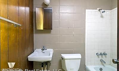 Bathroom, 1905 Martin Luther King Jr Blvd, 2