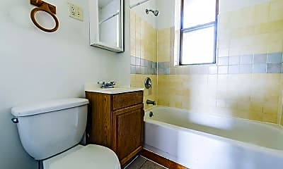 Bathroom, 3650 W 18th St, 2
