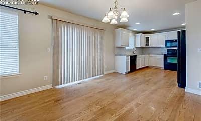 Living Room, 6278 Elk Bench Trail, 1