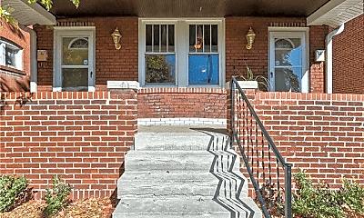 Building, 6251 Magnolia Ave, 1