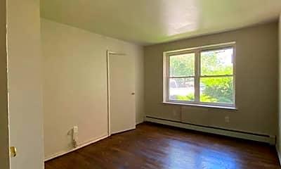 Living Room, 600 E Front St, 2