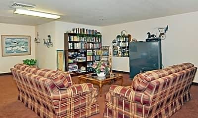 Lakewood Estates, 2