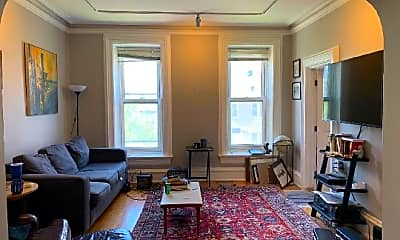 Living Room, 519 N May St, 1