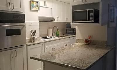 Kitchen, 225 Lili?uokalani Ave, 2