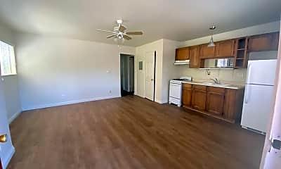 Living Room, 631 W 30th St, 0