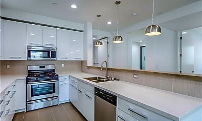 Kitchen, 11478 Moorpark St 401, 1