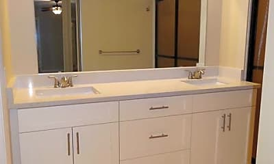 Bathroom, 2225 22nd Ln, 2
