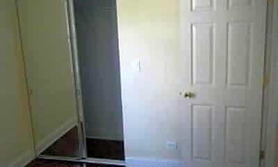 Bathroom, 3844 N Lamon Ave, 2