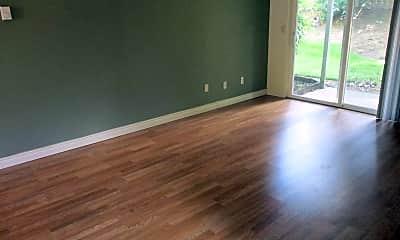 Living Room, 252 NE Kane Dr, 1