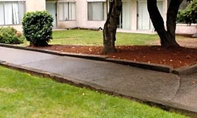 Garden Court, 1